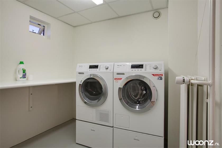 Wasmachine ruimte