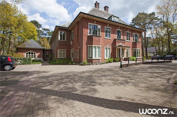 Villa De Eik
