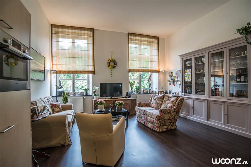 Domaine-Cauberg-appartement-woonkamer