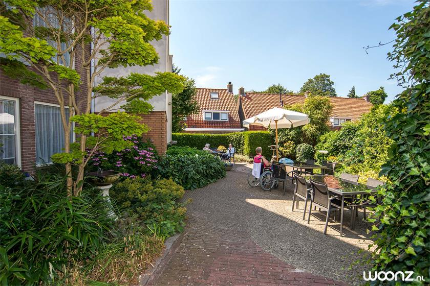 Boldershof-tuin-zomer-tarras