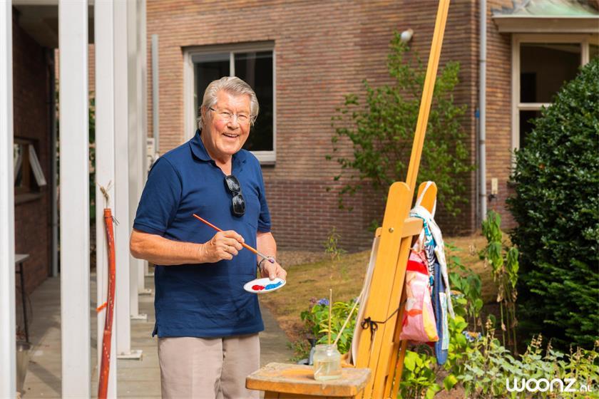 Villa-Overbosch-man-dagbesteding-schilderen